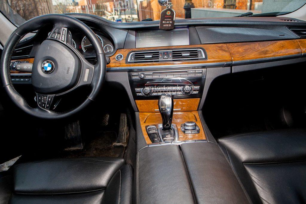 БМВ 525 черный